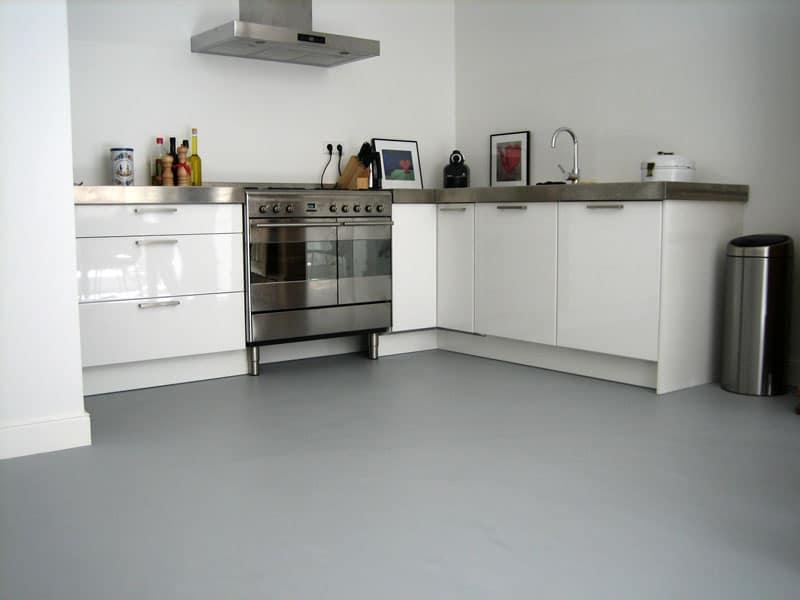 Kosten betonlook vloer woonbeton in uw woning voordelen en prijs